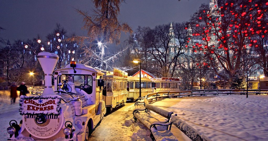 Christkindl Express Train Ride in the snow at the Vienna Christmas Market